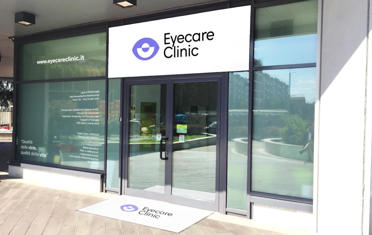 eyecare-clinic-centro-oculistica-vetrofania-4